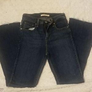 Like New! Levi's Jeans